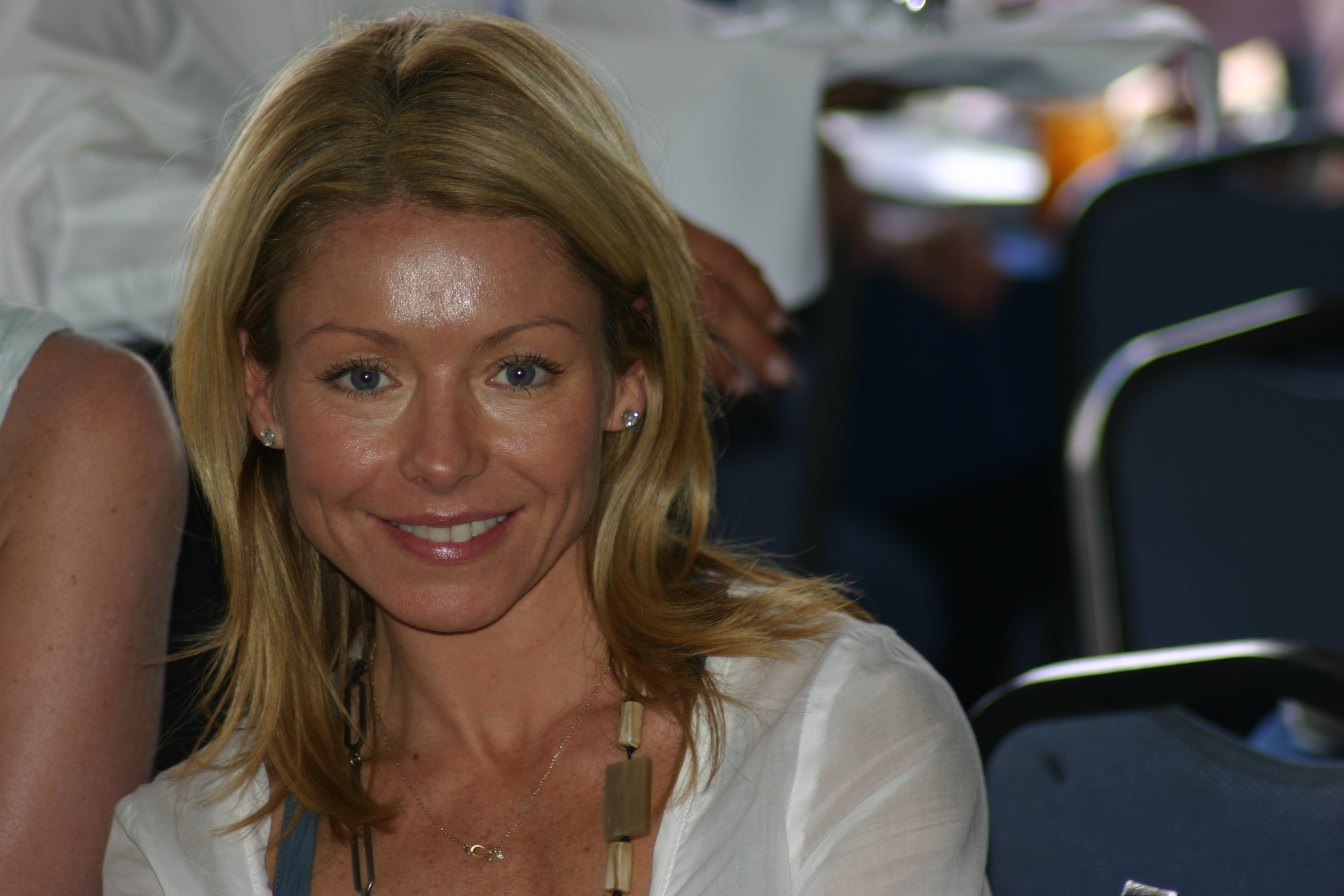 1Kelly Ripa Kelly Ripa (Hayley, AMC) is a Proud Horse Show Mom